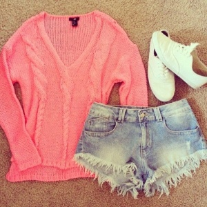 coral-fashion-outfit-shorts-Favim.com-1005326